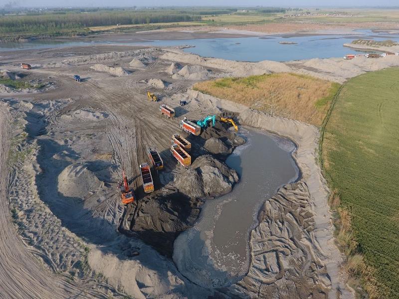 पानी की कहानी अपडेट - नीति आयोग की रिपोर्ट: भयानक जल संकट की ओर बढ़ रहे हम-कम होती बरसात, लगातार भूज
