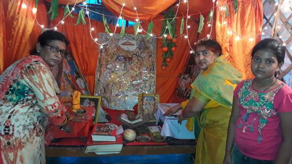 ज्योतिष्ना कटियार – जगदीश्वर धाम मंदिर स्थापना दिवस के उपलक्ष्य में अखंड पाठ एवं भंडारे का आयोजन-क्ष