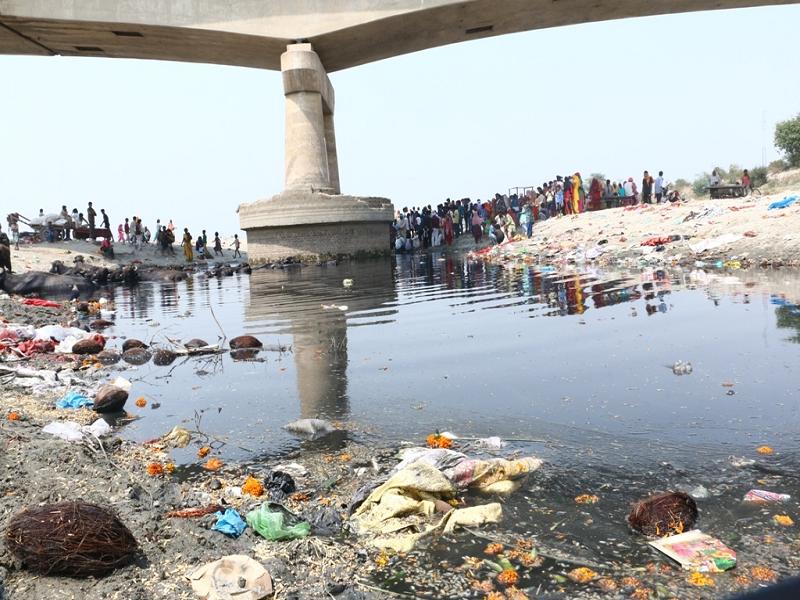 दिनांक , 16 जूननई दिल्लीकम होती बरसात, लगातार भूजल दोहन। पानी का बेजा इस्तेमाल। घटते ग्लेशियर।