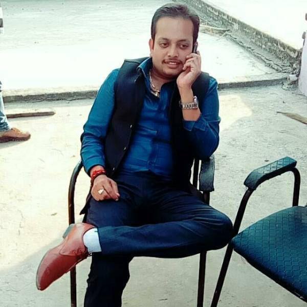 मगन भदौरिया : एक प्रतिभाशाली व्यक्तित्वएक प्रसिद्ध राजनीतिज्ञ के रूप में मगन जी जनता के बीच का