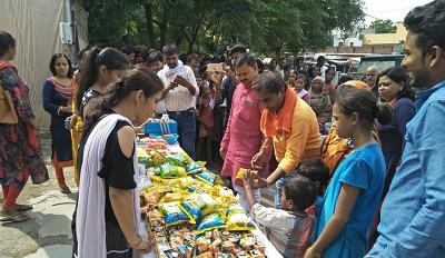 दिनांक : 19 अगस्त, 2018 राजाजीपुरम, लखनऊपूर्व प्रधानमंत्री स्वर्गीय अटल बिहारी वाजपेयी जी की स्मृति