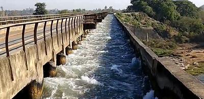 सर्वाधिक महत्त्वपूर्ण प्राकृतिक संसाधन जल के निरंतर उपयोग और विभिन्न उपागमों जैसे कृषि, उद्योग एवं घ