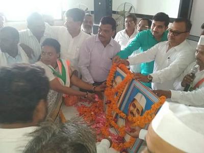 दिनांक – 2 अक्टूबर, 2018 कल्याणपुर, कानपुर लोकप्रिय कांग्रेसी अधिवक्ता राजीव द्विवेदी जी के द्वारा र