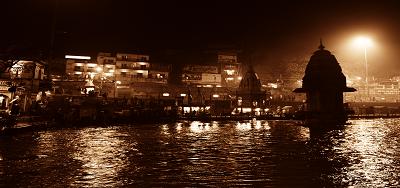 भारत की प्राचीनतम एवं अत्यंत पूजनीय नदियों में सर्वाधिक महत्त्वपूर्ण गंगा नदी है, जिसे सांस्कृतिक, ध