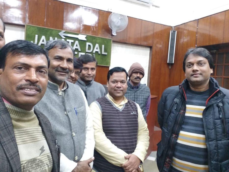 युवा जदयू दिल्ली प्रदेश अध्यक्ष माननीय अमल कुमार जी का जन्मदिवस धूमधाम से जनता दल यूनाइटेड पार्टी का