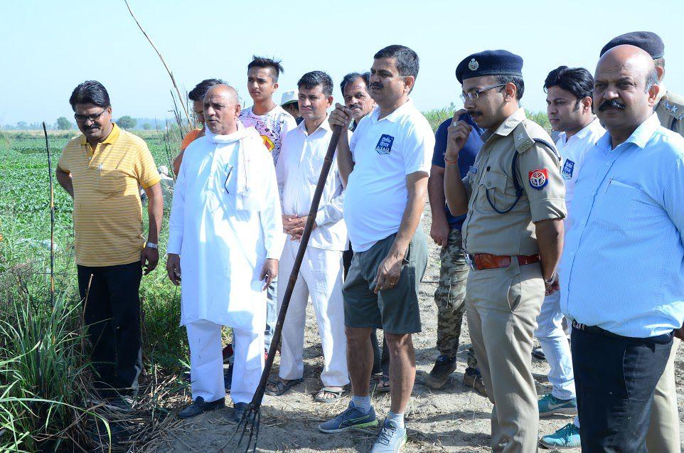 कल नहीं आज और आज नहीं अब.......इसी भाव के साथ डा0 प्रभात कुमार ने जुलाई 2017 को हिण्डन नदी को बदहाली